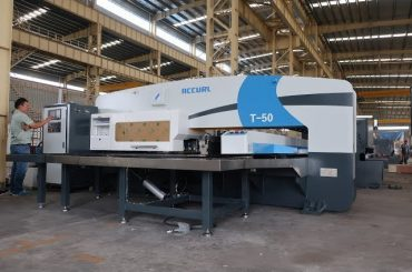 punzonatrice a torretta idraulica a cnc per macchina punzonatrice cnc da 30 tonnellate